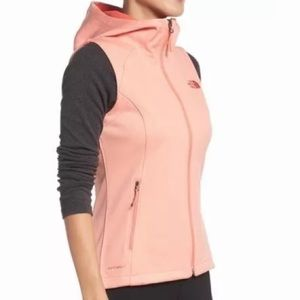 North Face Canyonwall Hoodie vest